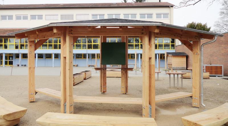media/image/Pavillon_in_der_Schule_02.jpg